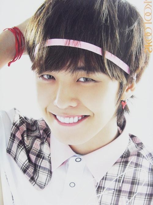[26.04.10][pics] Bộ sưu tập băng đô của G-Dragon Headband_gd-39